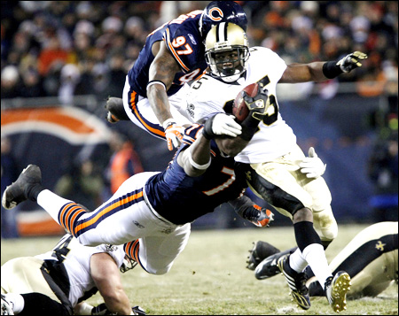 reggie bush football saints. New Orleans Saints running